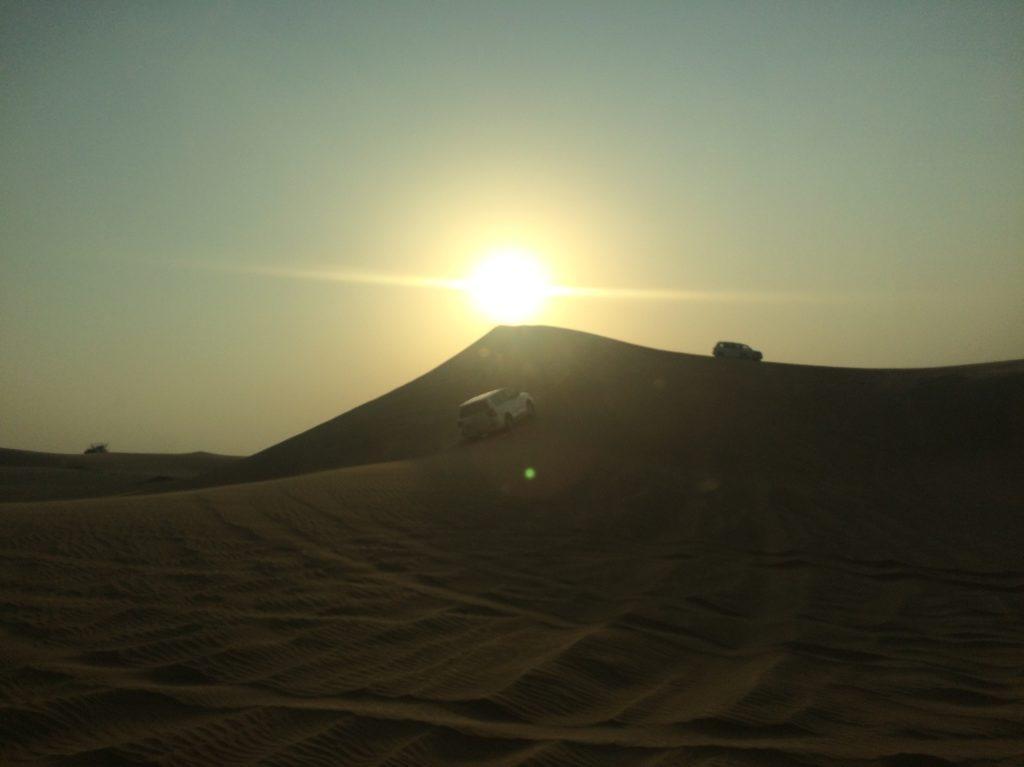 4x4 dans les dunes à Abou Dhabi