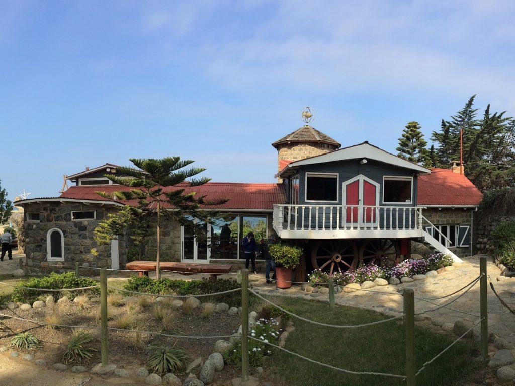 Casa de Isla Negra (avant)