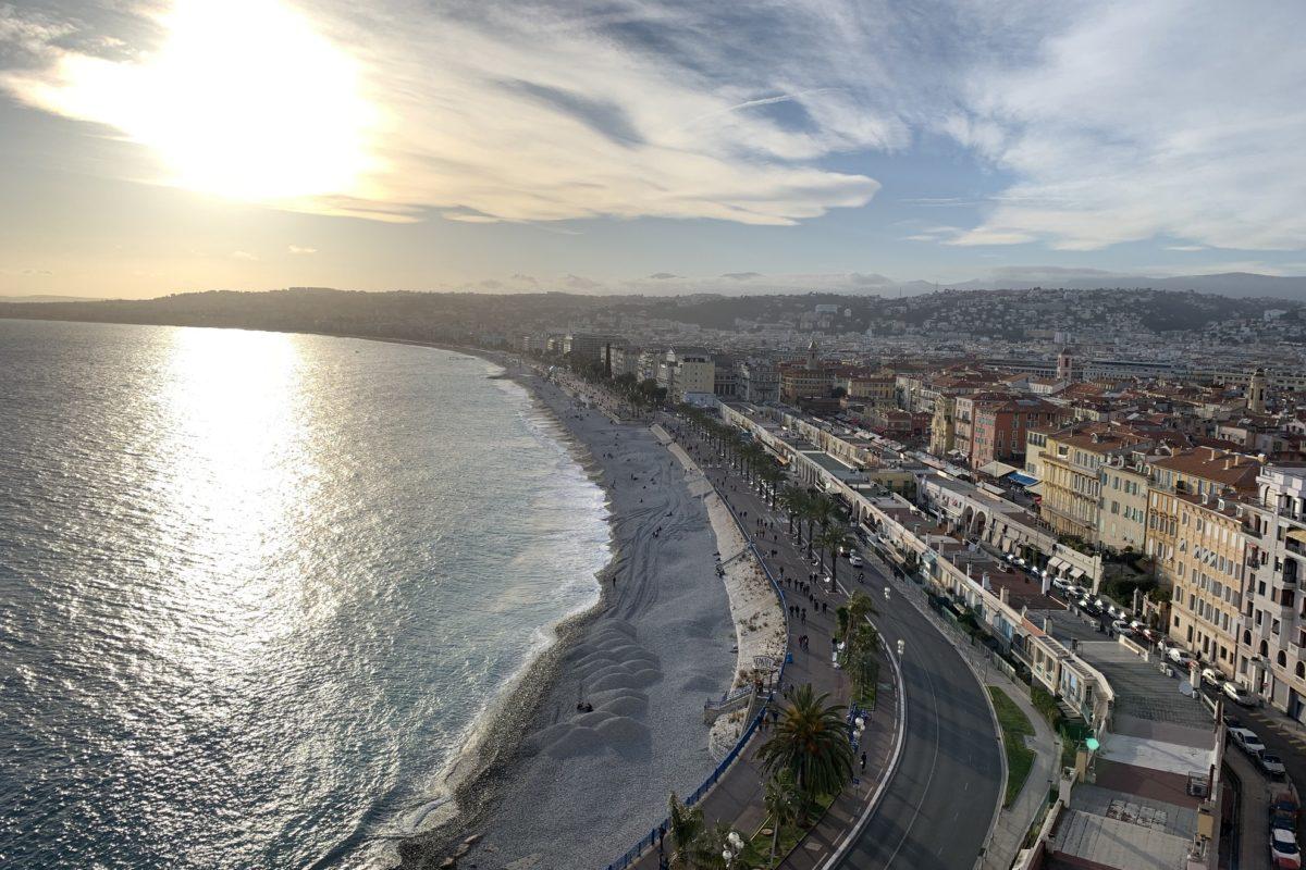 Tous les jours à Nice, le coup de canon de midi