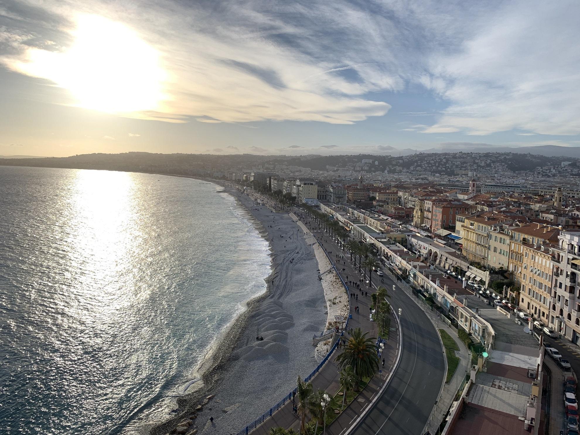 Tous les jours à Nice, le coup de canon demidi