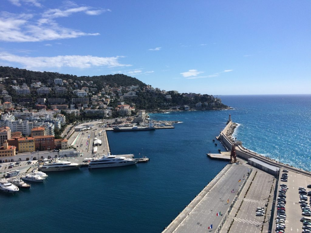Entrée du port à Nice