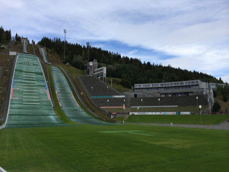 Un petit saut, direction les tremplins de Lillehammer