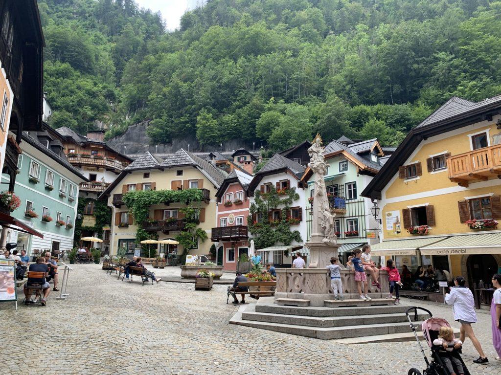Place du village d'Hallstatt